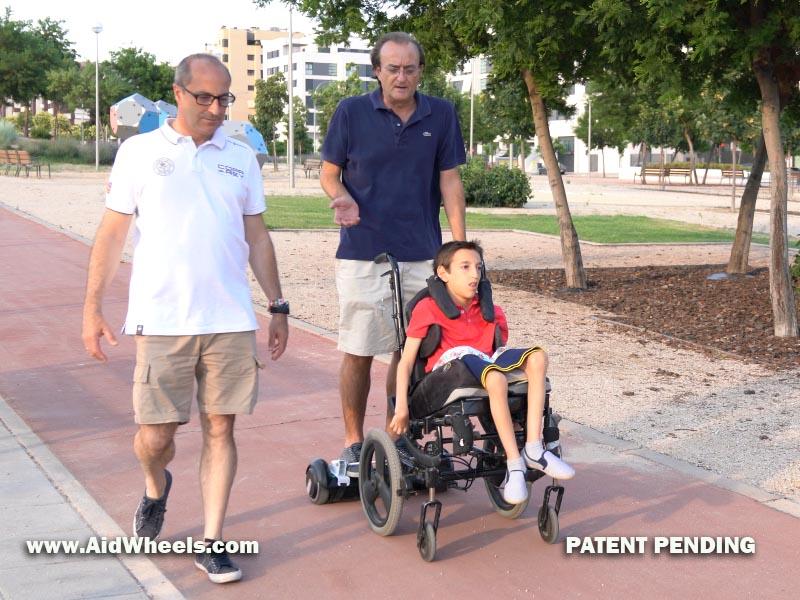 silla de ruedas electrica con hoverboard