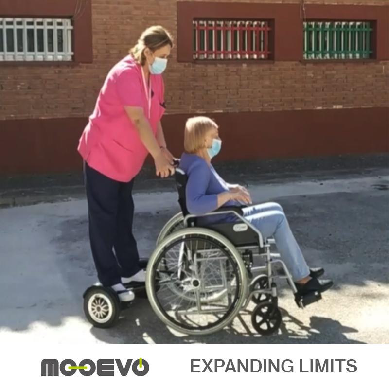Patinete eléctrico para silla de ruedas